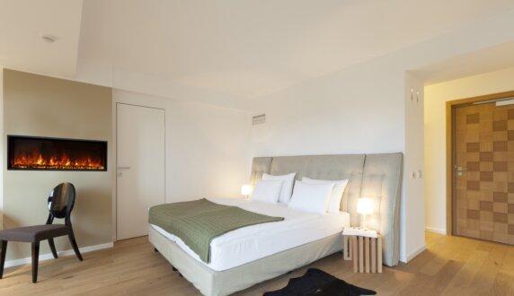 Hotel Room - EL60 Electric Fireplace by EcoSmart Fire