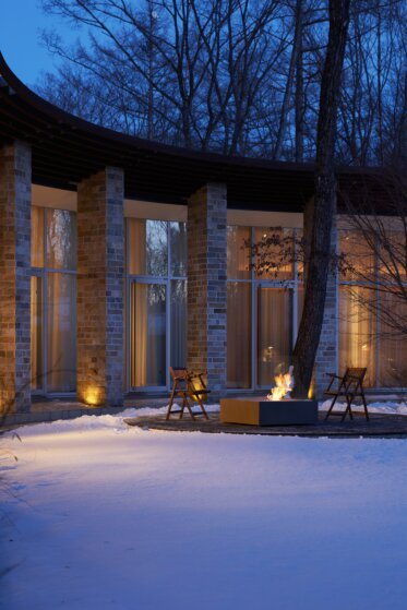 Commercial Space - Outdoor Fireplace Ideas
