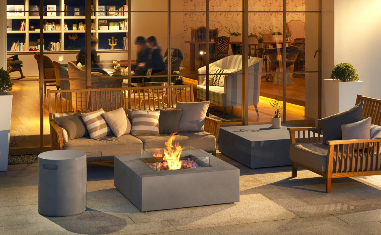 base-fire-pit-table-commercial-space-base.jpg
