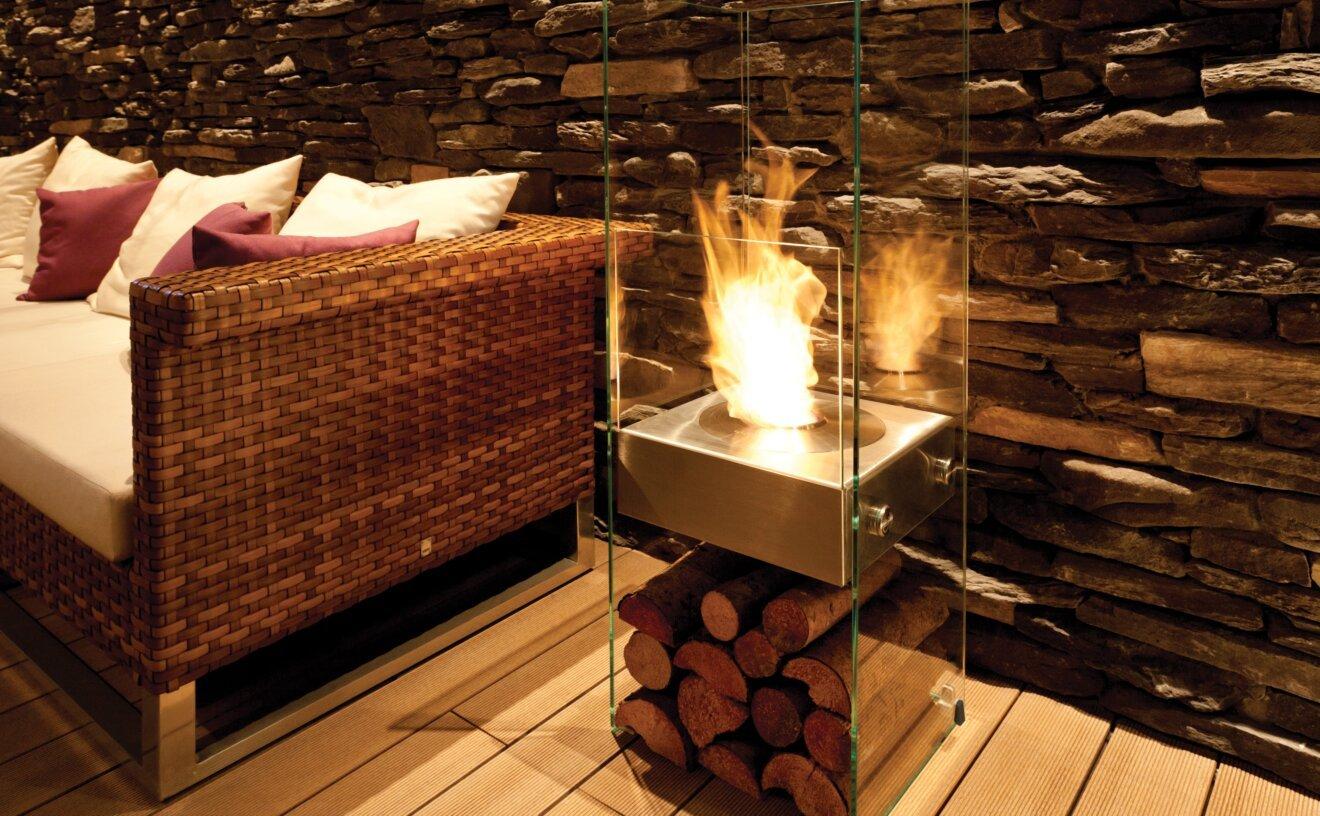 ghost-designer-fireplace-stilhof.jpg