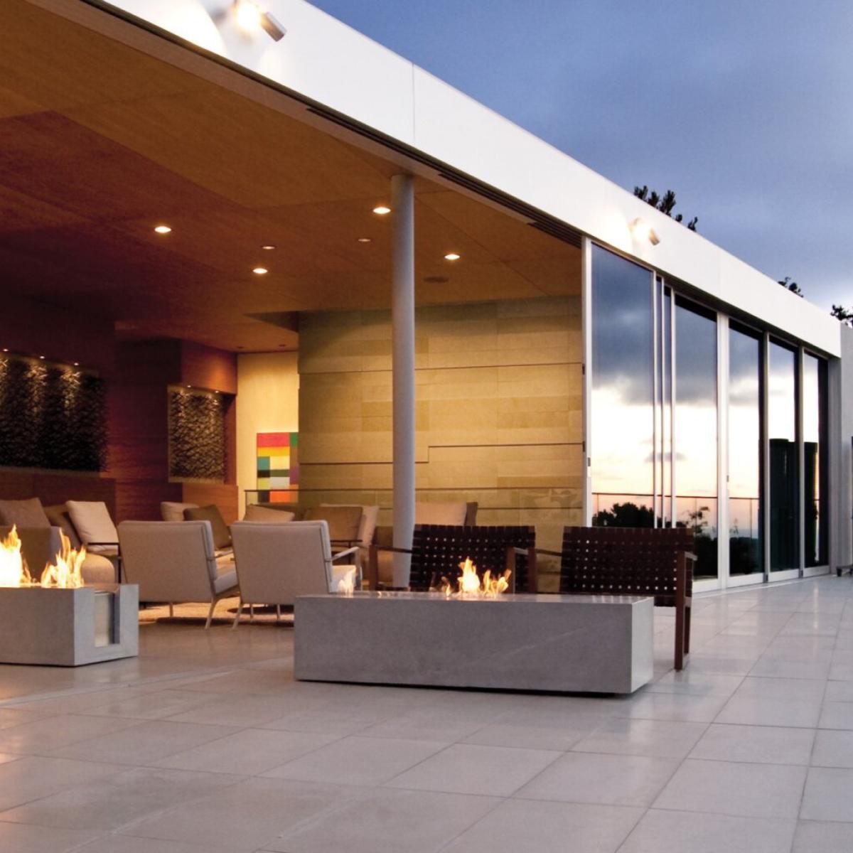 EcoSmart Fire XL700 concrete fire table